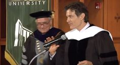 Dr. Mehmet Oz accepts honorary degree from Bastyr University