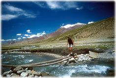 Ladakh, One day in Ladakh, Himalayas, biking expeditors, mountaineers, world's highest motor able road, Khardungla pass, Leh, Hemis monastery, Thiksey monastery, Buddhist culture