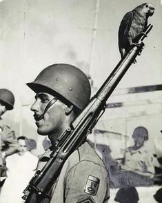 A different image of a GI upon returning to Brazil Special Ops, War Photography, Military Men, Armed Forces, World War Two, Troops, Soldiers, Historical Photos, Wwii