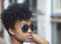 CurlsUnderstood.com A flawless short and natural 'do.