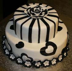 Cake in black and white