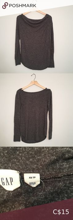 Drop back Gap tunic Brownish/grey tunic with a dropped down back. Picture doesn't do it justice. Plus Fashion, Fashion Tips, Fashion Trends, Tunics, Lace Shorts, Tunic Tops, Drop, Cute