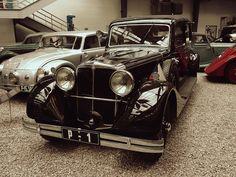 #car #prague #praha #czechrepublic #traveler #tourism #history #museum Prague, Antique Cars, Tourism, History Museum, Antiques, Vintage Cars, Turismo, Antiquities, Antique
