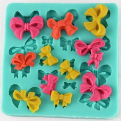 Bows Silicone Mold  #bowssiliconemold  #siliconemold #bakingsupply http://www.itacakes.com/product/mini-bows-silicone-mold/