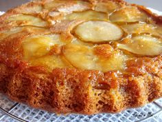 Préparez un dessert parfumé et savoureux avec ce gâteau renversé aux poires