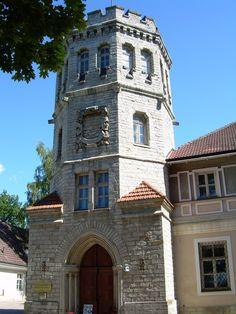 Maarjamáe Castle Estonia - castles Photo