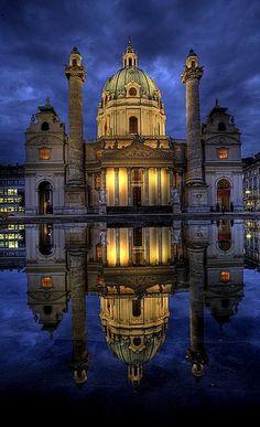 Karlskirche, Vienna, Austria | by pedro lastra
