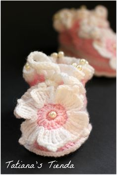 Baby Booties, Kids Boots, Shoes Handmade Knitting #crochet {inspiration}