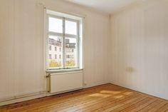 Våra elementskydd - 34 kvadrat - Metro Mode Bauhaus, Tile Floor, Windows, Flooring, Instagram, Clever, Tips, Apartment Renovation, Tile Flooring