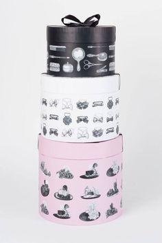 Les créations Chantal Thomass pour @TatiOfficiel à l'occasion des fêtes de Noël ! #ChantalThomass #Tati #Noel #Paris