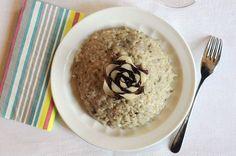 Cremoso e saporito, il risotto radicchio e gorgonzola Bimby è un piatto da invito. La ricetta è molto semplice e il risultato garantito, grazie al Bimby!