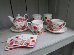 Lovely tableware collection by Janneke Brinkman, licensed by Orange Licensing. Makes every cup of  coffee taste better :-)