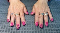 Beauty Queen with Flower Accent nail