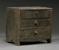 Miniature Green-painted Pine Three-drawer Bureau, probably New England, early century (dead link. Primitive Furniture, Primitive Antiques, Country Furniture, Antique Furniture, Painted Furniture, Primitive Cabinets, Colonial Furniture, Types Of Furniture, Small Furniture