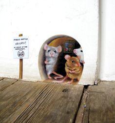No Cats Scaredy Mice Mouse hole Wall Sticker / Decal cute Mouse Hole, Cat Mouse, Mice Mouse, Wall Stickers, Wall Decal, Remove Stickers, Sticker Vinyl, Wall Murals, Street Art