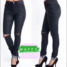"HIGH WAIST SKINNY JEANS IN BLACK High waist skinny jeans with trendy split knees. 80% Cotton/18% polyester/2% spandex.                                        ♦️1X: waist 31-35"" hips 39-48"" inseam 29.5"" rise 10.5""                                                                          ♦️2X: waist 35-39"" hips 43-52"" inseam 30"" rise 11""                                                                            ♦️3X: waist 39-43"" hips 47-56"" inseam 30"" rise 11"" tla2 Jeans Skinny"