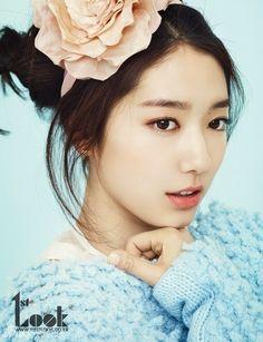 Park Shin Hye in 1st Look Vol. 38