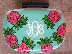 pineapple monogram cooler art top fruit sorority Summer Crafts, Diy And Crafts, Arts And Crafts, Sorority Canvas, Sorority Paddles, Sorority Recruitment, Sorority Life, Craft Gifts, Diy Gifts