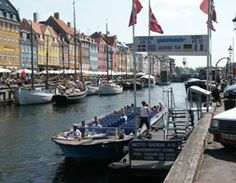 Canal tours in Copenhagen with the Netto-Boats