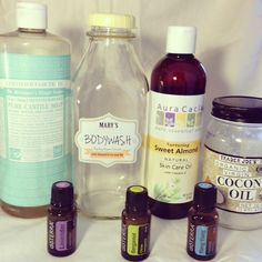 DIY Natural Moisturizing Body wash: Castile Soap, Almond Oil, Coconut Oil, Essential Oils (quart size recipe) and using only young living oils of course! Essential Oil Uses, Doterra Essential Oils, Young Living Essential Oils, Savon Soap, Diy Lotion, Homemade Beauty Products, Natural Products, Body Products, Coconut Products