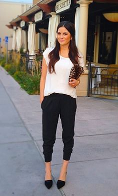 How To Wear Sweatpants Outfits Casual Chic Super Ideas Night Outfits, Casual Outfits, Summer Outfits, Cute Outfits, Casual Shirts, Cochella Outfits, Heels Outfits, Work Outfits, Fashion Mode
