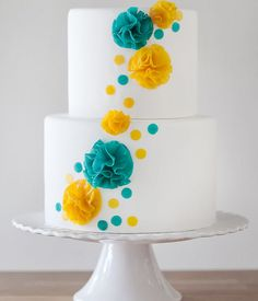 DIY : How to make your own wedding cake flowers