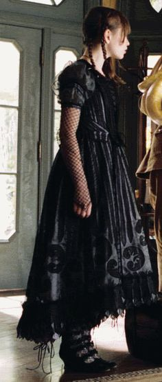 Violet! Series of Unfortunate Events. Love the design in the lace and this really captures the dark essence in the films.