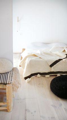 Moroccan POM POM Wool Blanket stripe Black
