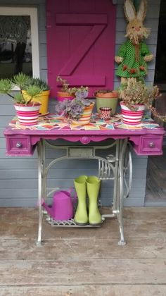 Meuble machine coudre on pinterest - Table ancienne repeinte ...