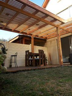 Pergola With Metal Roof Metal Pergola, Deck With Pergola, Backyard Pergola, Pergola Plans, Metal Roof, Casa Patio, Diy Patio, Tub Enclosures, Garden Design