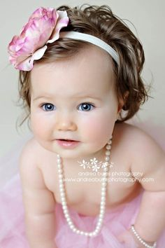 pruittlife:  Love this Etsy shop. If I ever have a little girl, she's going to be showered with girly headbands.