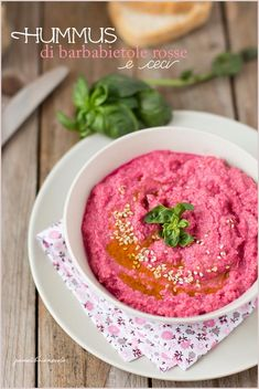 hummus-barbabietole-rosse-e-ceci-2