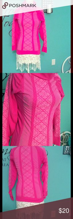 Beautiful Bright Pink Performance Shirt This beautiful high performance bright pink & white shirt with patterns, cow collar, thumb holes and in excellent condition by Athletic Essentials. Size L  $20   🔶 Please ask all your questions before you purchase. I'm happy😊 to help  🔶 Sorry, no trades or hold. 🔶 Please, no lowball offers. 🔶 Please use the Offer Button 🔶 Bundle for your best prices 🔶 Ships next day, if possible 🎀 Thank you for visiting my closet 🎀 Athletic Essentials Tops