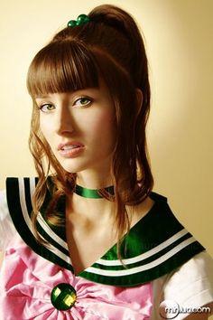 pretty nice sailor jupiter cosplay