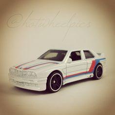 '92 BMW M3 - 2016 Hot Wheels - BMW Series 2/8 #hotwheels | #diecast | #toys | #BMW | #hwp2016bmw