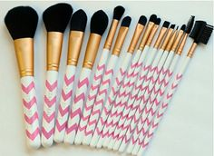 Makeup Brushes - 15pc Pink Chevron Professional Makeup Brush Set ~ No Shedding! ~ Best Vegan Cosmetic Brushes Kit featuring: Powder, Contour, Foundation, Blending, Eyeshadow, Eyeliner, Eyebrow Brushes + More - Great for Sensitive Skin ~ Perfect for Gift or Holiday by Altair Beauty ~ Money Back Guarantee Altair Beauty http://www.amazon.com/dp/B00GJ4X3MI