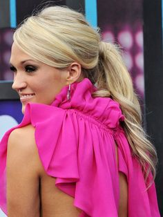 Google Image Result for http://www.womansday.com/cm/womansday/images/W1/17-Carrie-Underwood-lgn.jpg