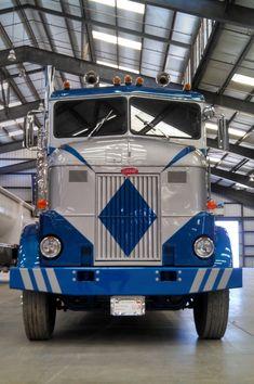 Peterbilt 379, Peterbilt Trucks, Semi Trucks, Old Trucks, Train Truck, Custom Big Rigs, Commercial Vehicle, Tractors, Cool Pictures