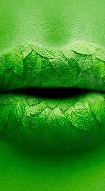 #Nature #kiss #leaf #PMTS #pmtsstl