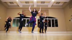 """Wake / Vives en Mi"" Hillsong Young & Free- Dance Choreography by United..."