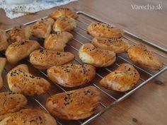 Pogaca - Recept Baked Potato, Muffin, Potatoes, Baking, Vegetables, Breakfast, Ethnic Recipes, Food, Basket