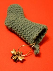 little crochet christmas stockings - pattern