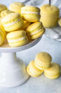 These Lemon Macarons are the perfect balance between sweet and tangy, in two perfect, delicate bites! They are filled with Lemon curd and buttercream. French Macaroon Recipes, French Desserts, Lemon Desserts, Just Desserts, Delicious Desserts, Yummy Food, Macaron Filling, Macaron Flavors, Macaroon Cookies