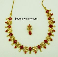 Gold Necklace latest jewelry designs - Page 7 of 72 - Indian Jewellery Designs 1 Gram Gold Jewellery, Bridal Jewellery, Temple Jewellery, Coral Jewelry, Gold Jewelry Simple, Simple Necklace, Hair Jewelry, Jewelry Shop, 22 Carat Gold