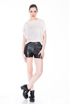 #whiteblouse www.bluzat.ro Leather Shorts, Fashion Addict, Ss, Sporty, Style, Stylus