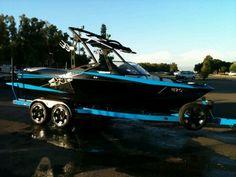Axis A20 wakeboard boat Wantwantwant #legalmonkeys
