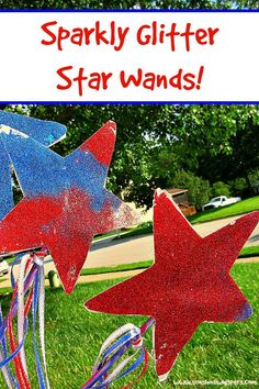 Sparkly Glitter Star Wand Crafts For Kids - Sunshine Whispers  http://www.sunshinewhispers.com/2015/06/sparkly-glitter-star-wand-crafts-for-kids/