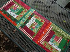Christmas tablerunner I'd use diff'rent materials.