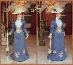 Jen, dressed in 1898 Spring costume. Porcelain miniature dolls by Annemarie Kwikkel.