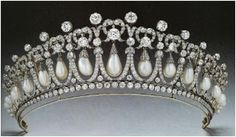 How to Make a Bead and Wire Tiaras - The Beading Gem's Journal